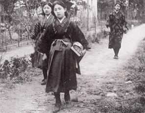 学校の歴史|宝塚音楽学校